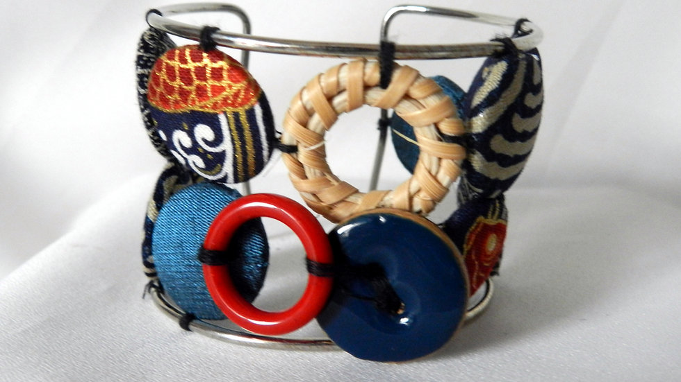 Bracelet avec cabochons de tissus bleus, Inspiration Japonaise