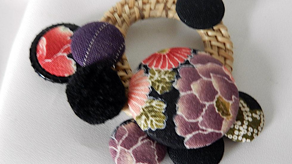 Broche, cabochons de tissu et osier, Inspiration Japonaise