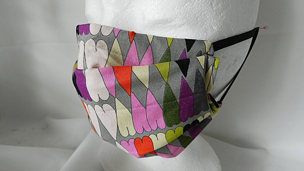 Masque 3 couches en tissu noir avec coeurs, lavable