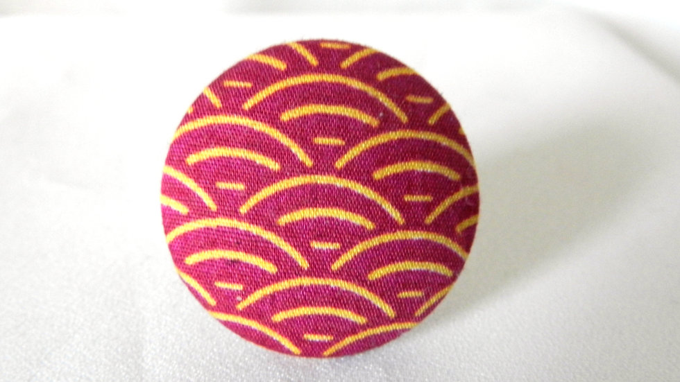 Bague réglable en tissu fuchsia à vagues dorées