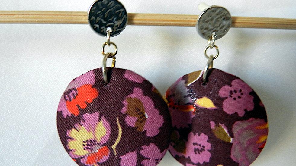 Boucles d'oreilles en tissu violet fleuri
