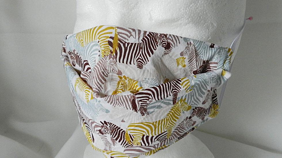 Masque 3 couches en tissu  blanc avec zèbres, lavable