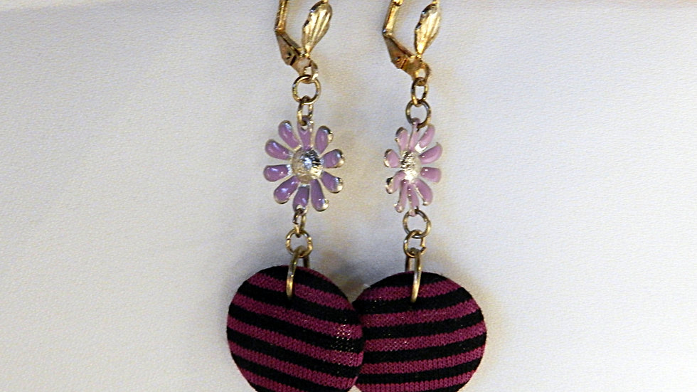 Boucles d'oreilles en tissu rayé rose et noir
