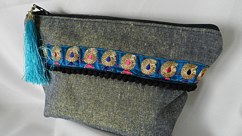 Trousse à maquillage en lin brillant, avec broderies
