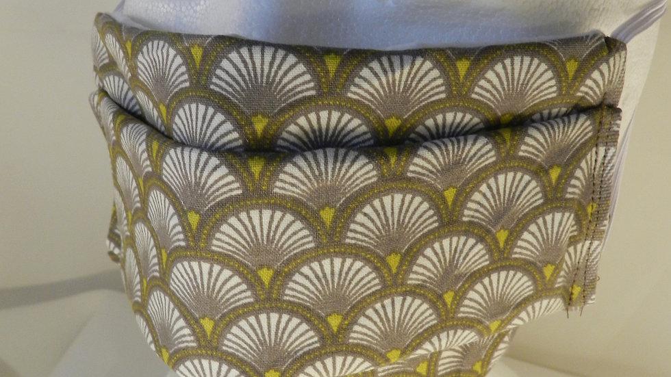 Masque 3 couches en tissu beige graphique, lavable