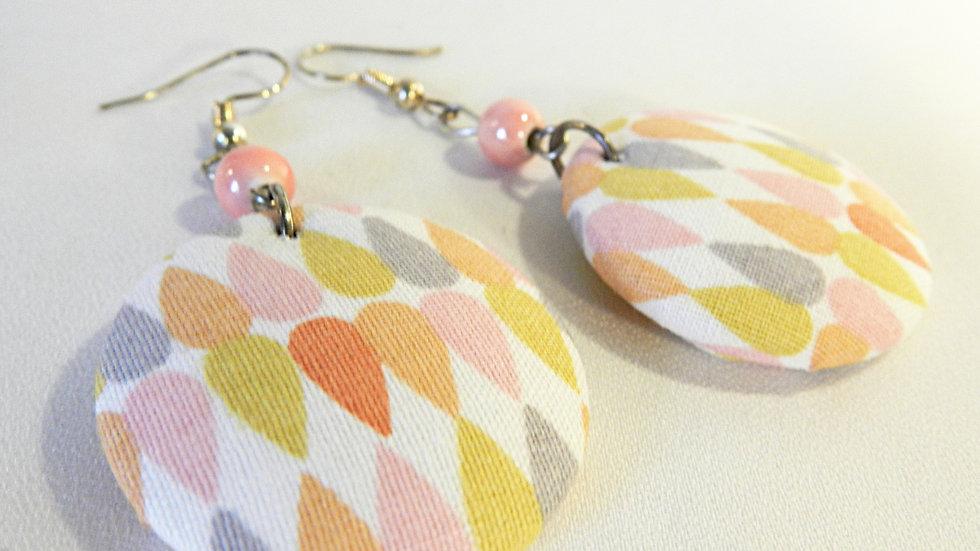 Boucles d'oreilles en tissu multicolore pastel