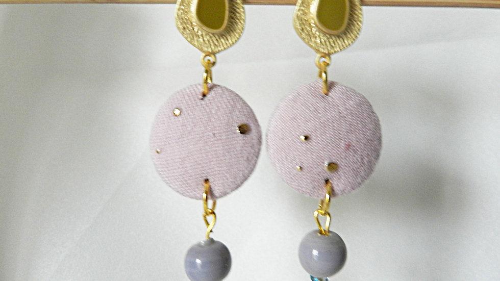Boucles d'oreilles en tissu rose et doré