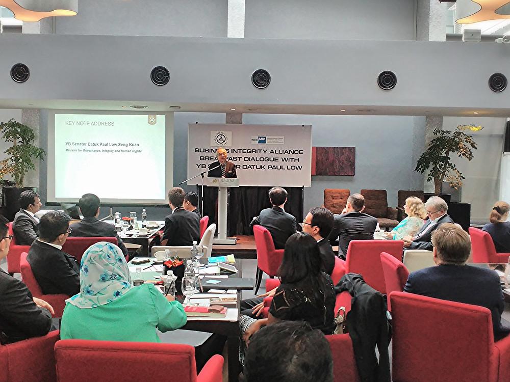 YB Senator Datuk Paul Low delivering the keynote address