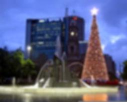 christmas-tree-lighting-victoria-square11.jpg