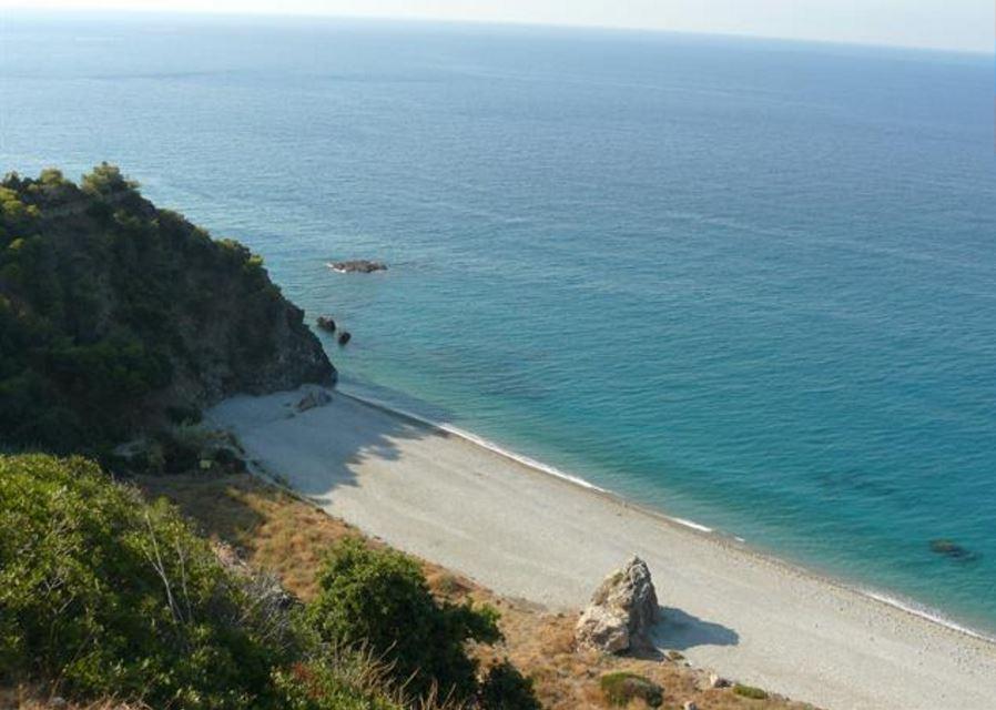 la Cala del Pino à Maro