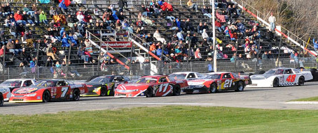 PASS AIM Recycling Super Late Models Looking To Chaudiere And Beech Ridge