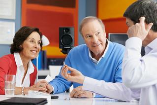 Averigüe ahora si presenta una pérdida auditiva. Realice esta autoevaluación rápida como primer paso