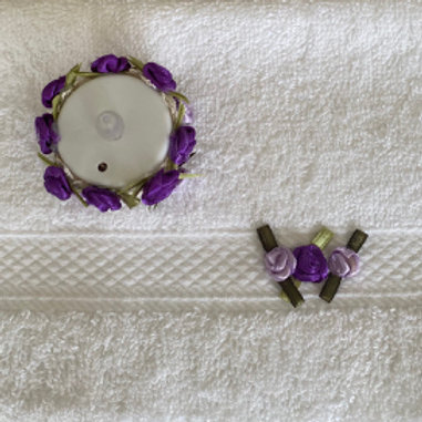 Face Flannel and Tea Light Set in Lilac