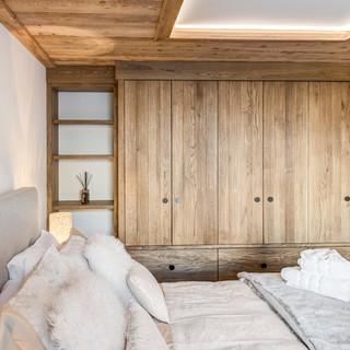 Oak brushed furniture_1.jpg