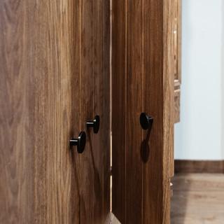 Oak brushed furniture_11.jpg