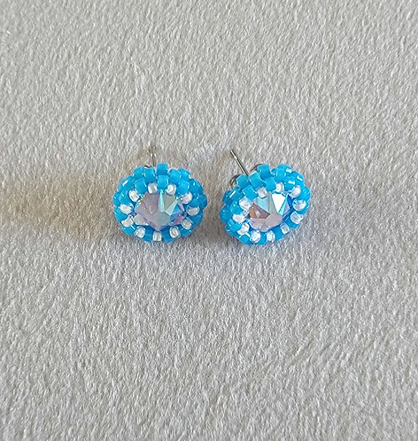 Simplicity studs (blue and white-lined)