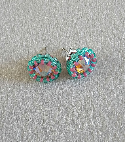 Simplicity studs (turquoise green and antique pink)