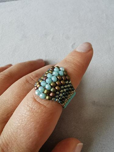 Peyote stitch ring (Turquoise)