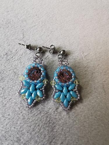 Flutter earrings (Pale blue, light purple and light yellow)