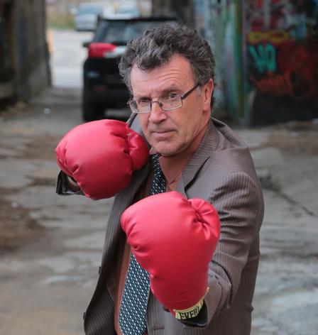 Dan Ebbs as Tommy Douglas