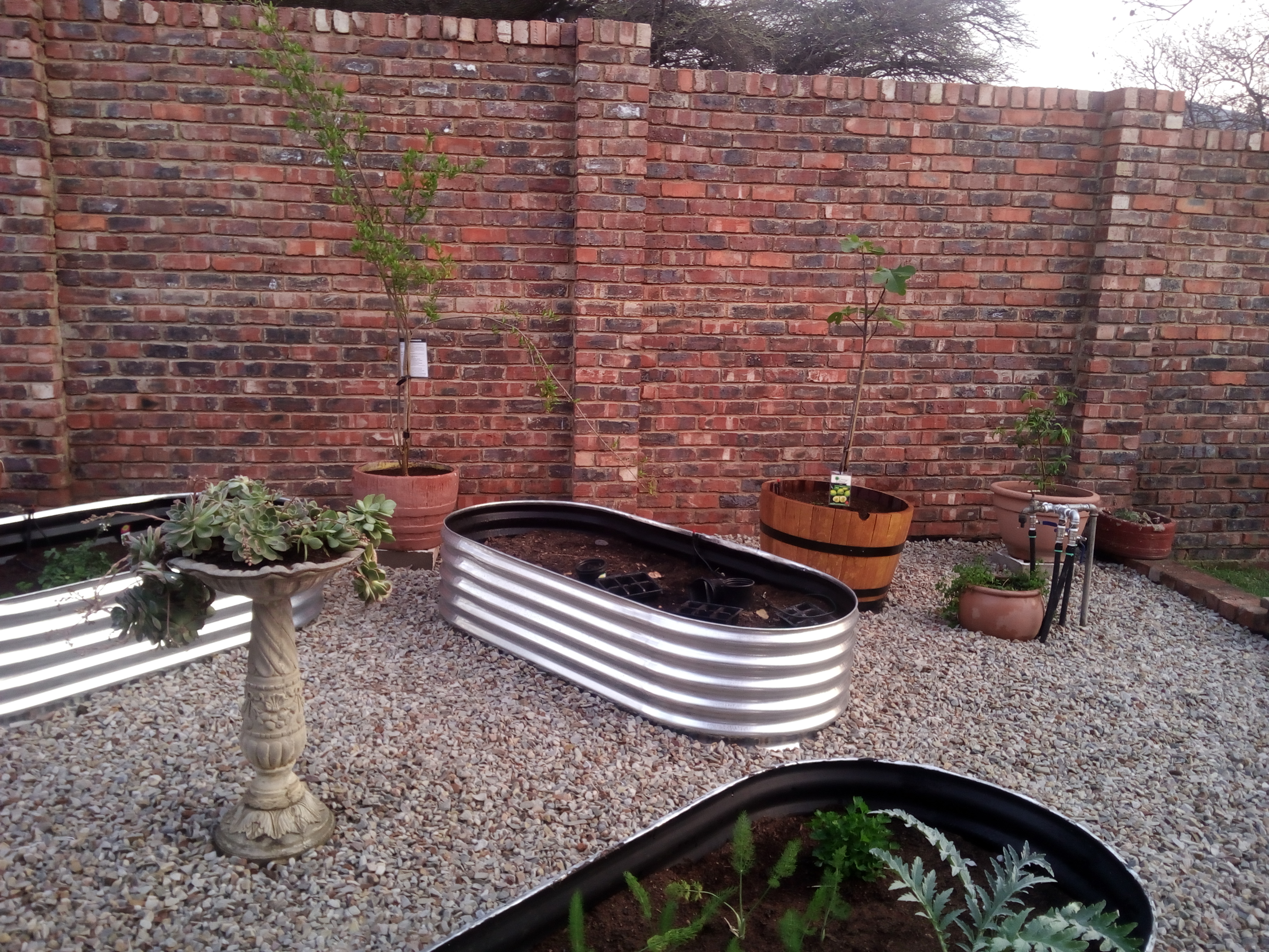 Landscaped Gravel Installation