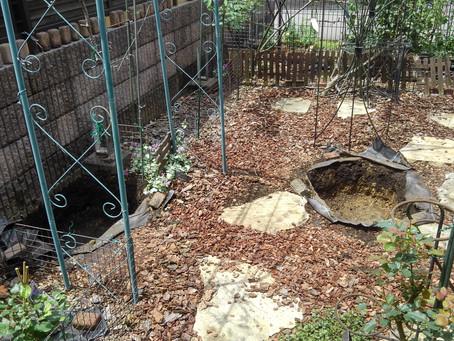庭木植え用穴堀作業を助っ人しました!