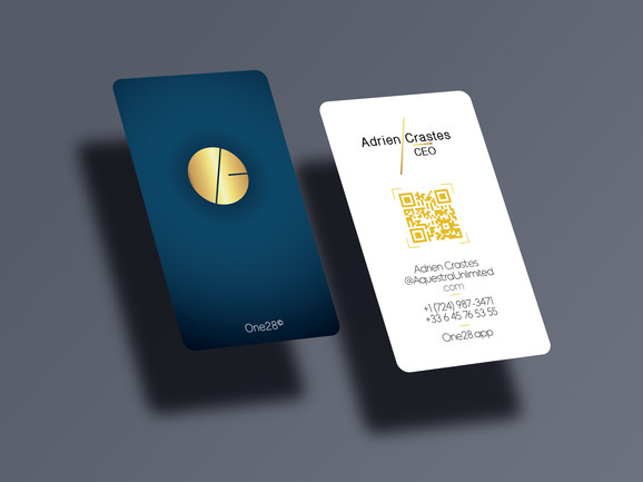Free-Rounded-Vertical-Business-Card-Mock