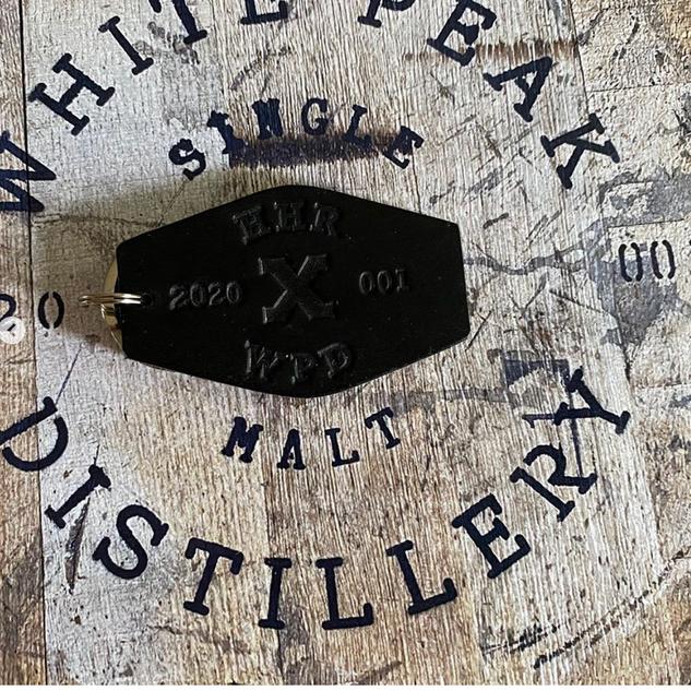 hh whisky keyring