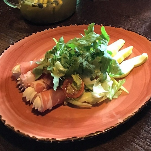 Итальянский салат с Пармой