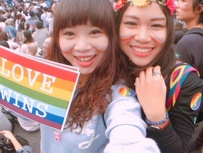 Celebrations as Taiwan's High Court rules in favour of marriage equality
