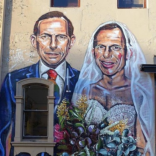 Turnbull & Shorten Campaign For Marriage Equality While Abbott Marries Himself In A Mural