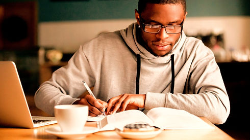 Focused%252520millennial%252520african%252520american%252520student%252520in%252520glasses%252520mak