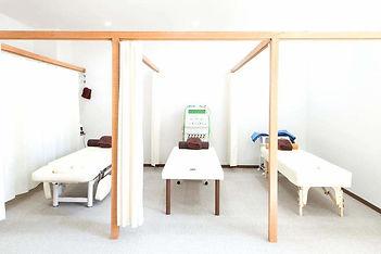 大阪狭山市駅から徒歩2分よしかわ整骨院の施術室