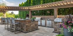 Outdoor-Kitchens_5157-1300x649