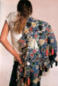 vêtements-femme-vintage-1980,robes-1980,pantalons-1980,shorts-vintage,t-shirts-vintage,lingerie,gaines,manteaux-vintage,blousons-vintage,chemisiers-vintage,capes-vintage,jupes-vintage-1980,gilets-vintage,tuniques-vintage,tailleurs-vintage-1980,jeans,space-vintage-marseille