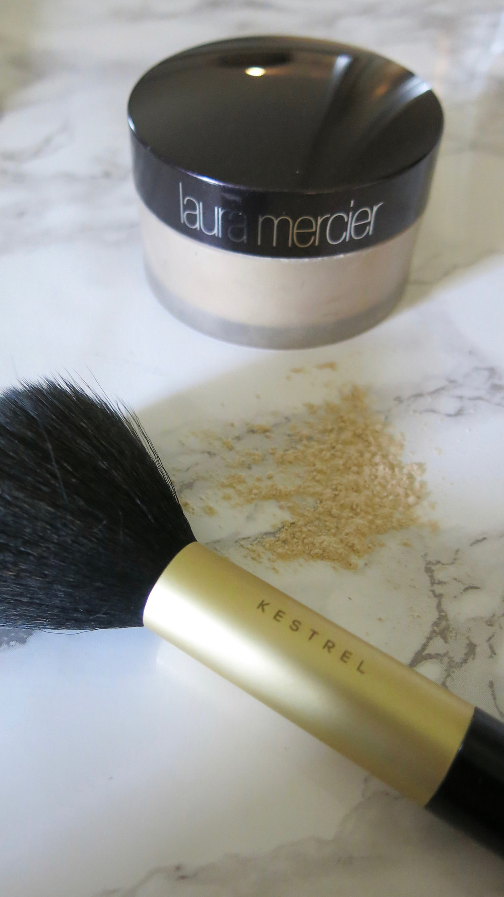 summer makeup, makeup, makeup tips, beauty, makeup tips, Liv's Lookbook, Laura Mercier