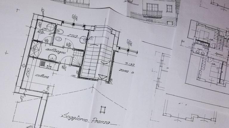 Realizzazione disegni cad e/o stesura preventivi ristrutturazioni