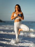 Renata - Beach Yoga