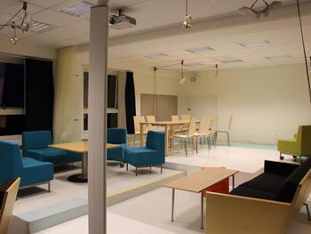 Indretning af Lounge på Malmö Högskola