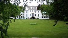 Galitternes Tid på Sophienholm                  Søndag 9. august