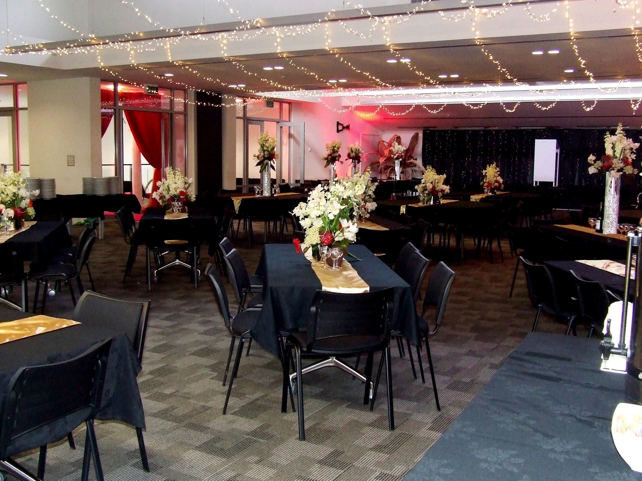 Full Kowhai Room- Rectangle Tables