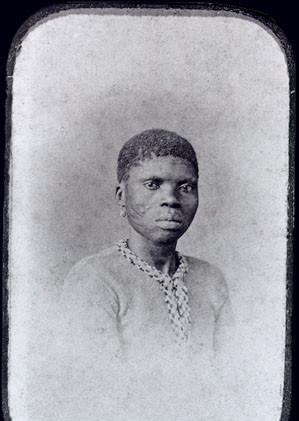 Mulher da Nação Africana Mina