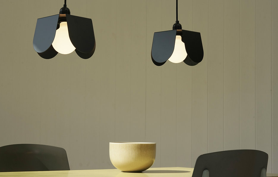 Black Dining Table 02.jpg