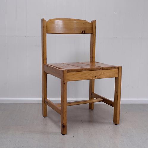 Gilbert Marklund Chair