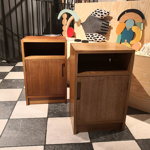 VINTAGE PAIR OF WOODEN BEDSIDE CABINETS TABLES PEDLEY SAFFRON WALDEN RETRO MID CENTURY FURNITURE