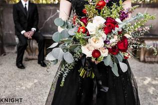 bert show bouquet black.jpg