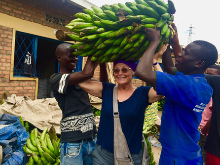 Carrying bananas.jpeg