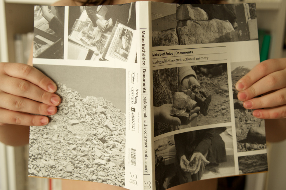 Mabe Bethônico: Documents