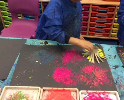 Year 5 Tulip Class have been talking about fireworks and painting firework pictures