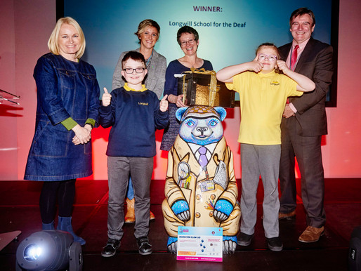 Longwill School win Inspector Claw-So at the Big Sleuth Auction